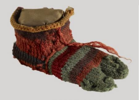 Dziecięca skarpetka z  El-Sheikh Ibada, 200-400 r n.e.  Zdjęcie: Trustees of the British Museum