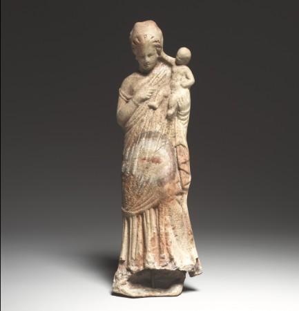 Grecka mam z dzieckiem,rzeźba datowana na II/I w p.n.e. Źródło