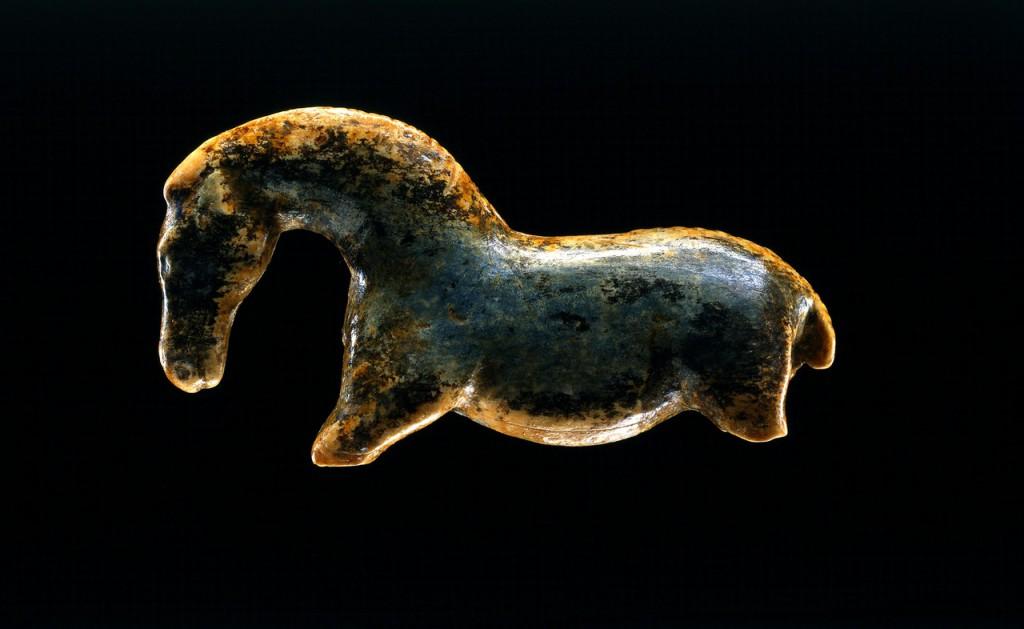 Tak widzieli ci ludzie konia 35 tys lat temu Źródło